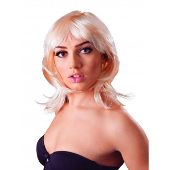 Glamour Layered Blonde Wig